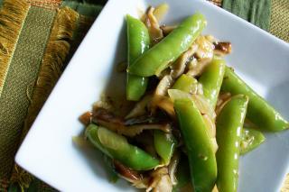 Saladmaster Recipe Lemon-Garlic Snap Peas & Mushrooms by Cathy Vogt