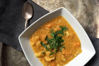 Healthy red lentil curry for Indian cooking made in the Saladmaster MP5