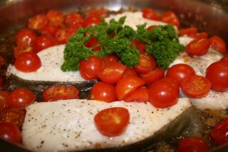 Saladmaster Healthy Solutions 316 Ti Cookware: Chardonnay Halibut with Cherry Tomatoes