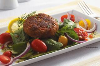 Saladmaster Recipe Spinach Salad with Salmon Cakes