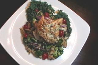 Pasta Salad Florentine with Basil Marinated Chicken