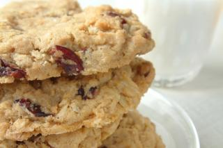 Spiced Oatmeal Cranberry Cookies