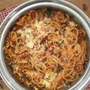 Spaghetti, pie, spaghetti pie,