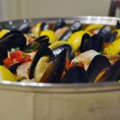 Saladmaster Healthy Solutions 316 Ti Cookware: Seafood Paella