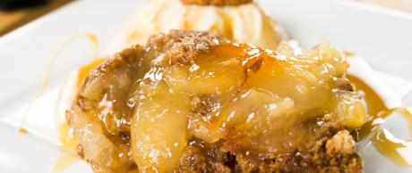 apple pie, apple cake, spice cake, caramel,