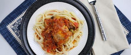 Chicken Cacciatore, pasta, chicken, tomatoes, bell pepper, sauce