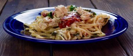 Chicken linguine, linguini, easy one pot pasta, chicken pasta, sizzler