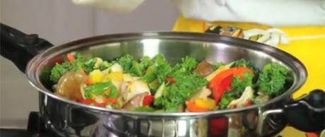 Saladmaster Healthy Solutions: Maitake Mushroom Stir-Fry
